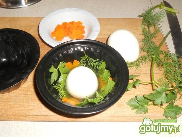 Babeczki z jajkiem w galarecie