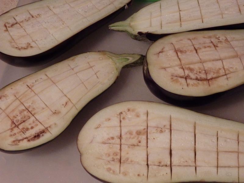 Bakłażany faszerowane kuskusem i fetą