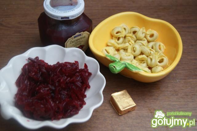 Barszcz czerwony z Tortellini dla leniwy