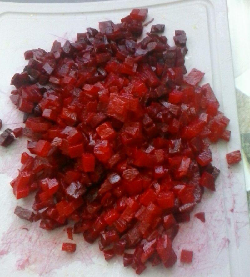 Barszcz czerwony z ziemniakami