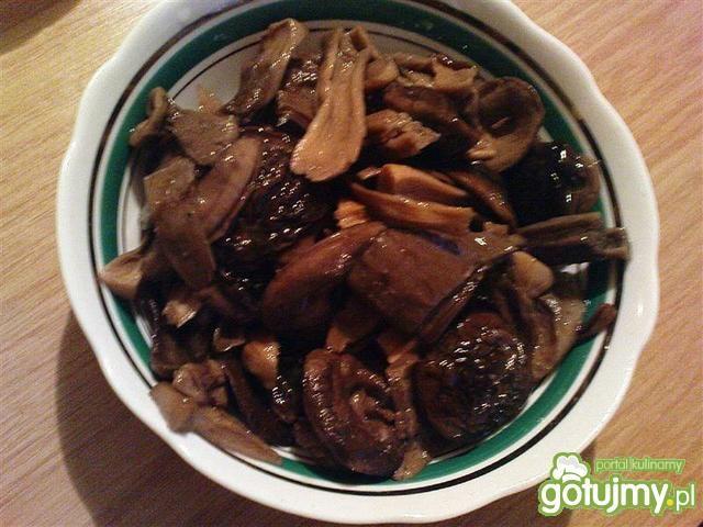 Bigos z dodatkiem grzybów