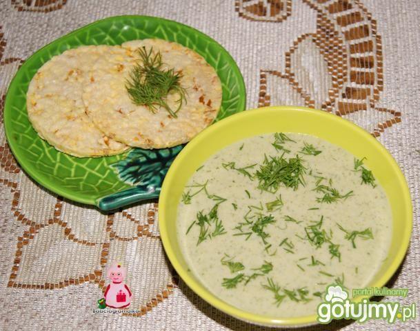 Brokułowa zupa krem z waflami