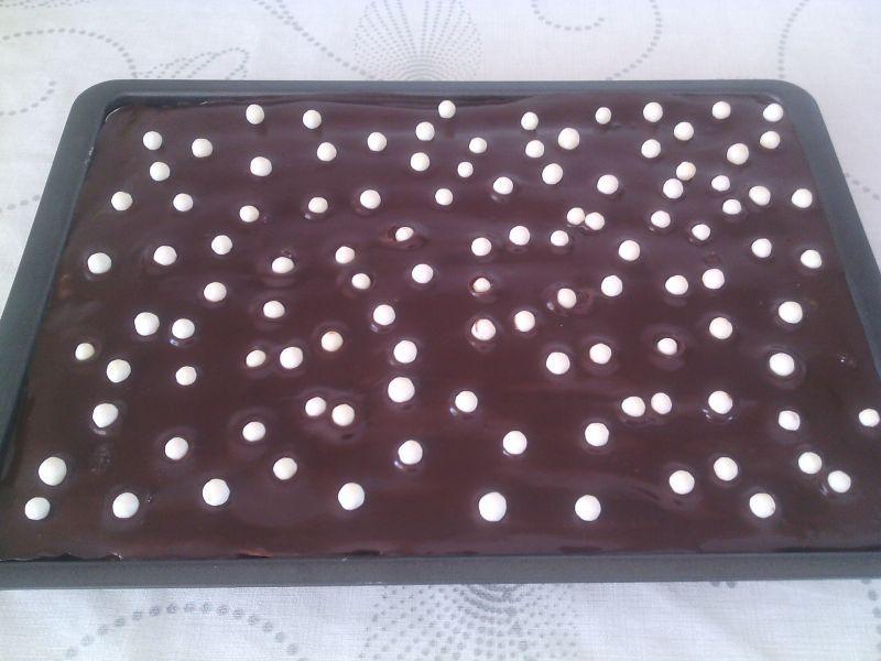 Budyniowiec z polewą czekoladową