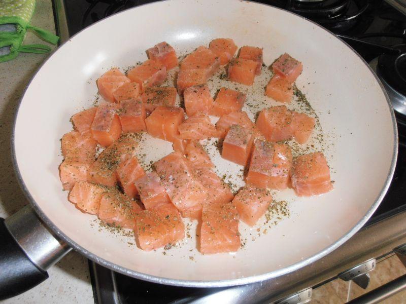 Bukiet sałat z łososiem