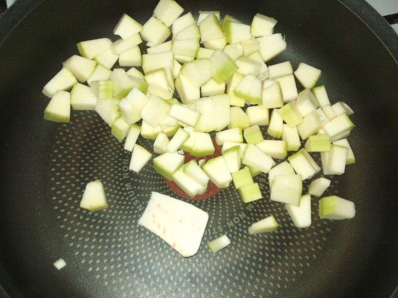 Bułeczki zapiekane z warzywami