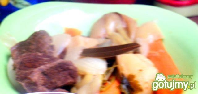 Bulion z koniny z ziemniakami