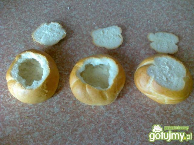Bułki faszerowane pieczarkami i parówkam