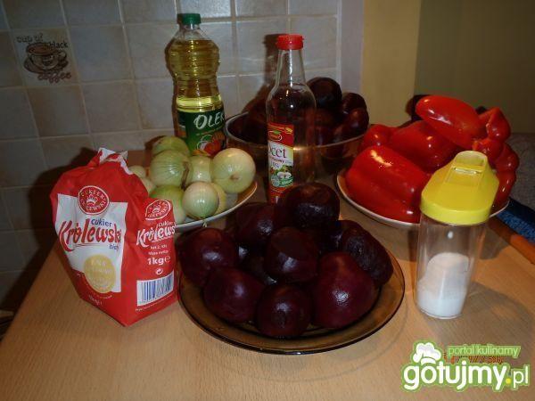 Buraczki z papryką i cebulką