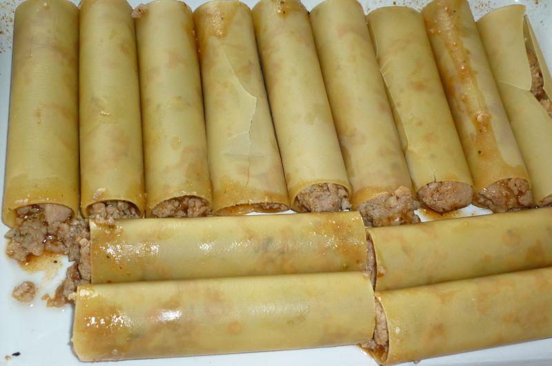 Cannelloni z mięsem i żółtym serem