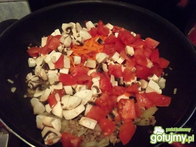 Cannelloni z pieczarkami i pomidorem