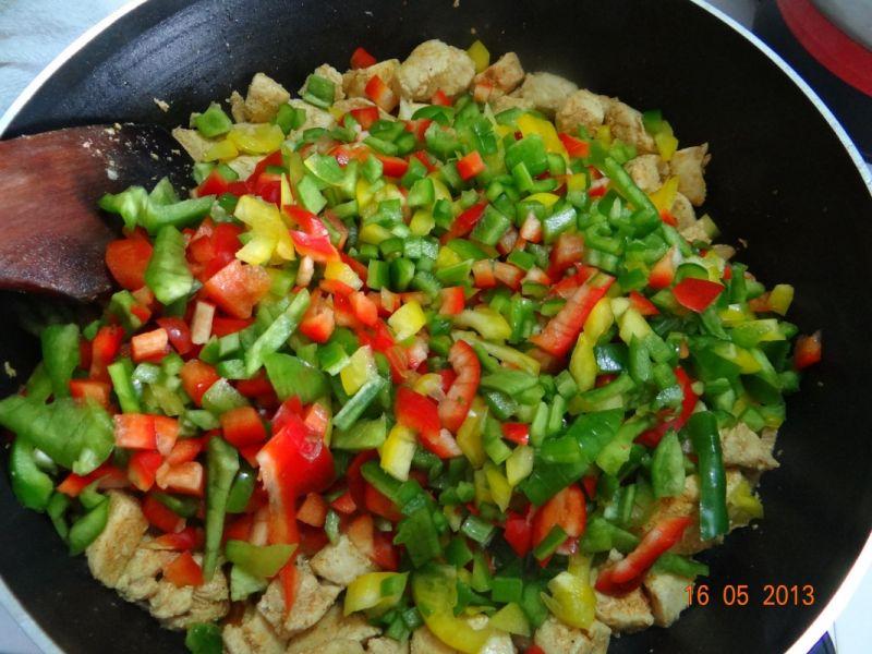 Chiński gulasz paprykowy