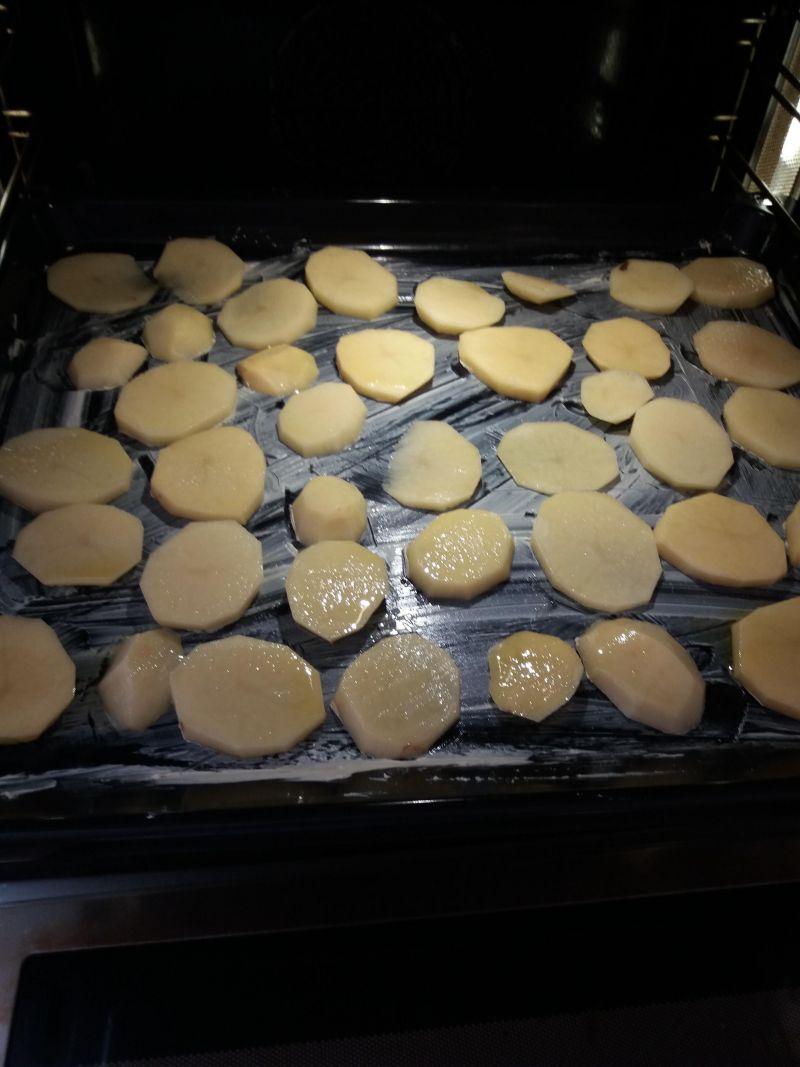 Chipsy ziemniaczane z dodatkami
