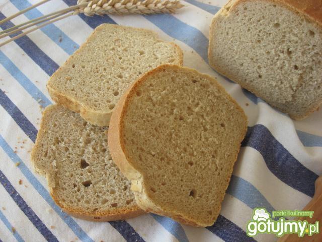 Chleb pszenny razowy na drożdżach