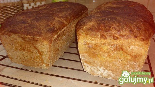 Chleb pszenny z płatkami kukurydzianymi