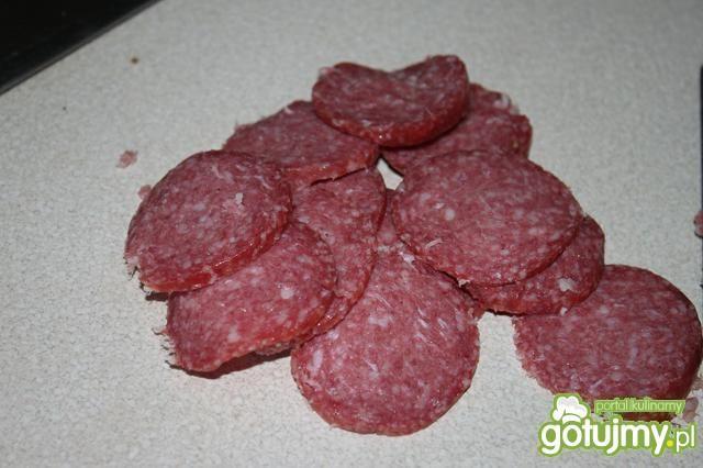 Chrupaki z salami
