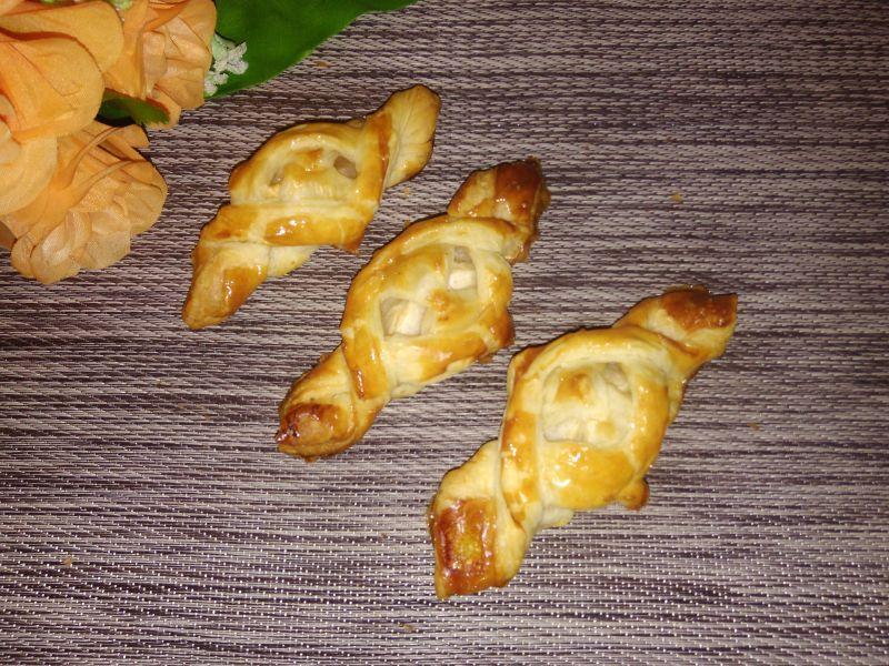 Ciasta francuskie z jabłkami