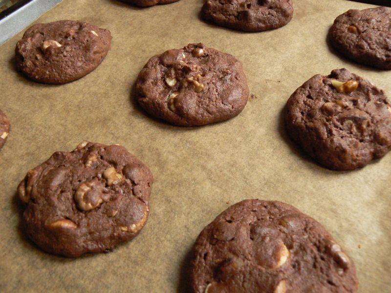 Ciasteczka czekoladowe z orzechami