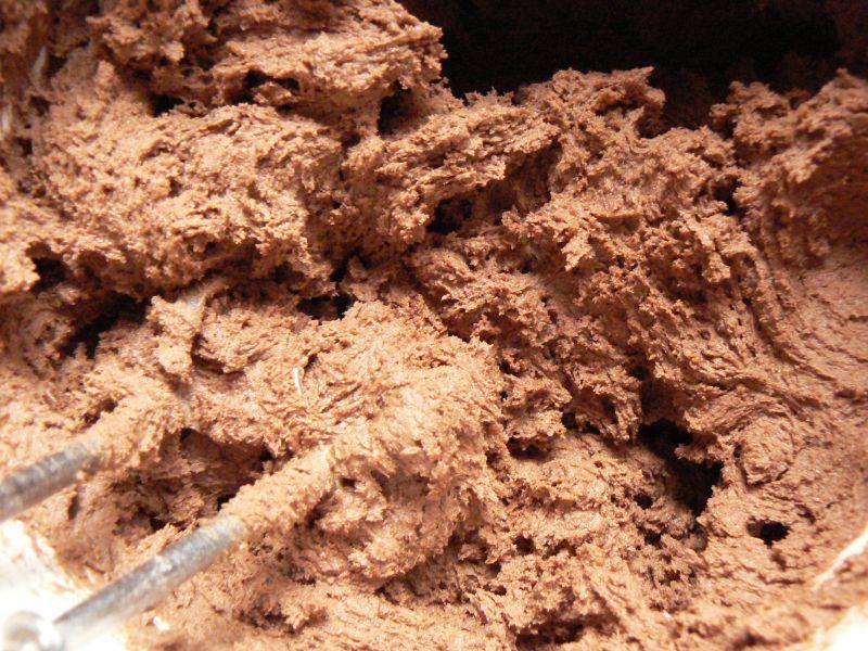 Ciasteczka kakaowe z czekoladą i orzechami