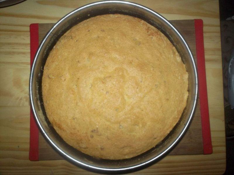 Ciasto białkowe z orzechami włoskimi