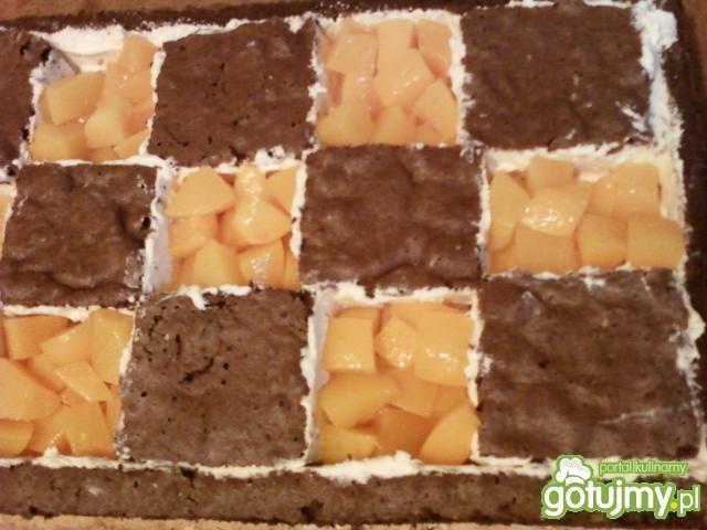 Ciasto biszkoptowe z owocami i galaretką