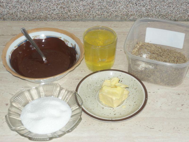 Ciasto czekoladowo- orzechowe