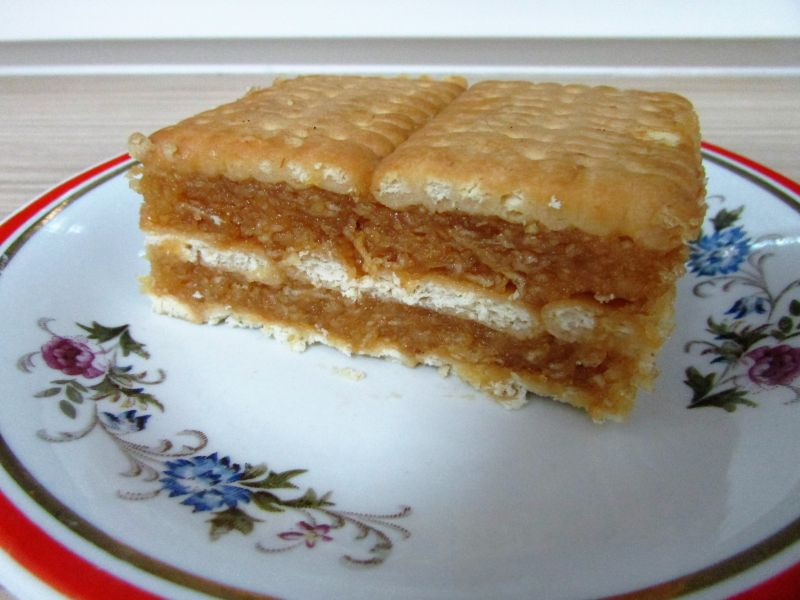 Ciasto jabłkowe na herbatnikach