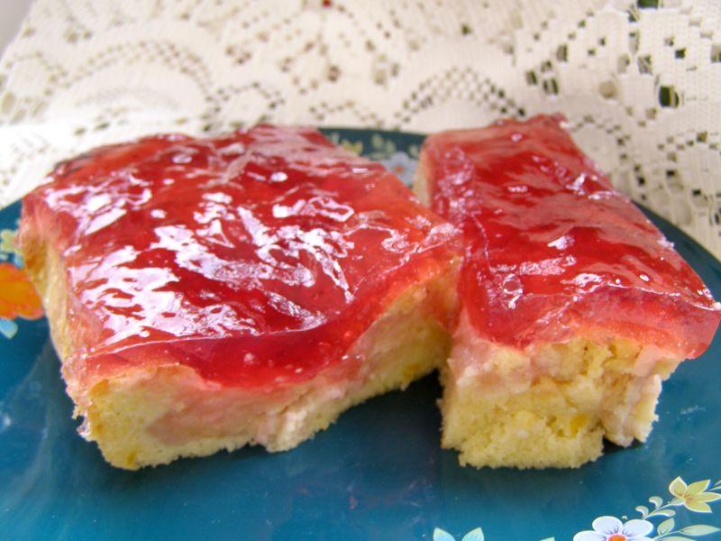 Ciasto jabłkowe z galaretką