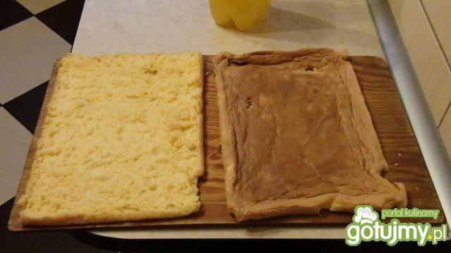 Ciasto makowe z konfiturą porzeczkową
