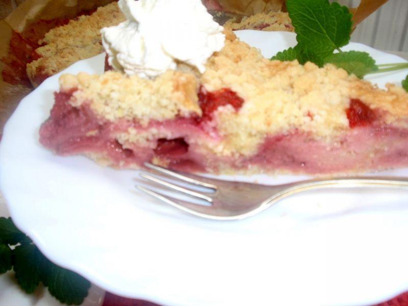 Ciasto sypane z truskawkami