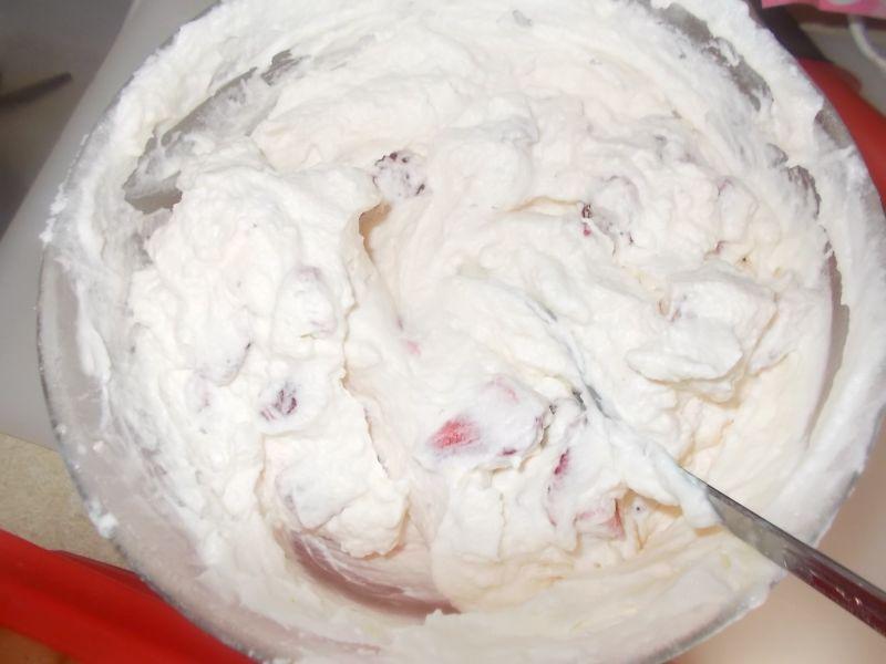 Ciasto truskawkowe na szybko