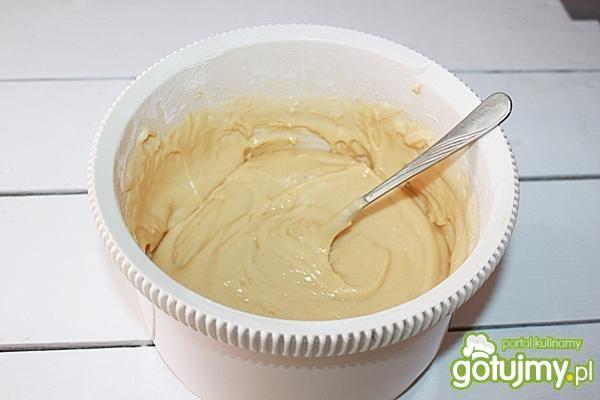 Ciasto truskawkowo -migdałowe na oleju
