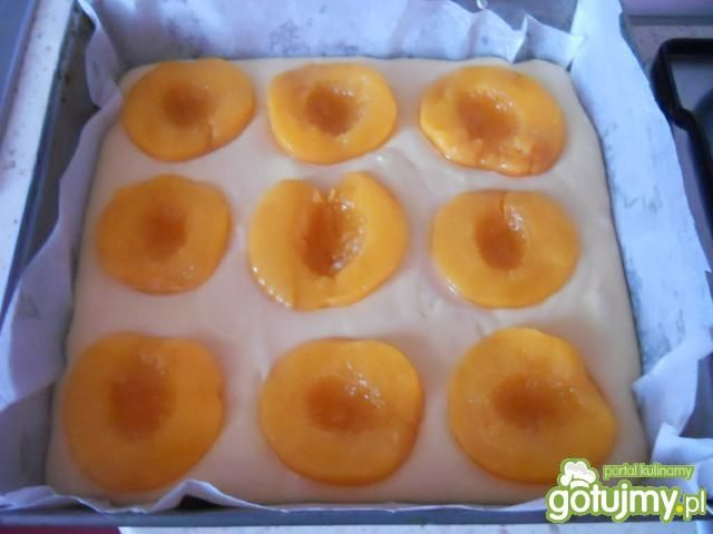 Ciasto z brzoskwiniami