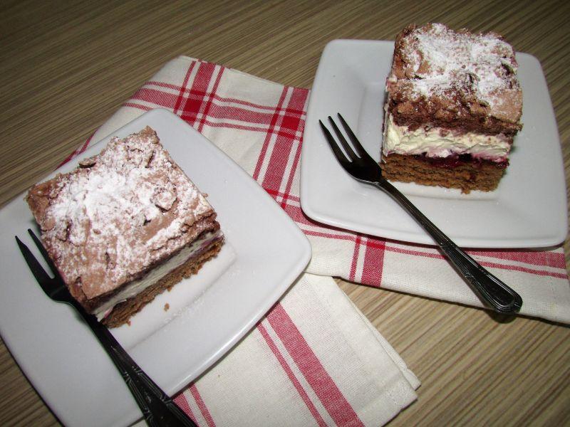 Ciasto z dżemem wiśniowym
