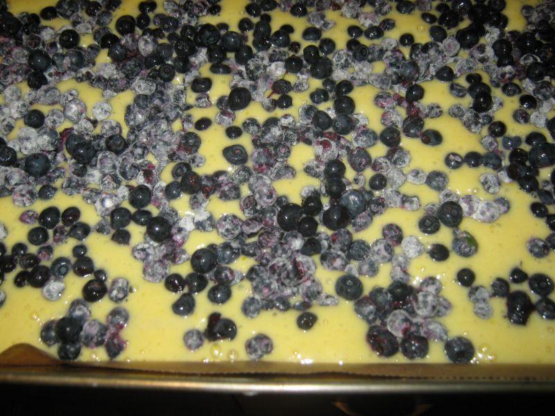 Ciasto z jagodami na maślance