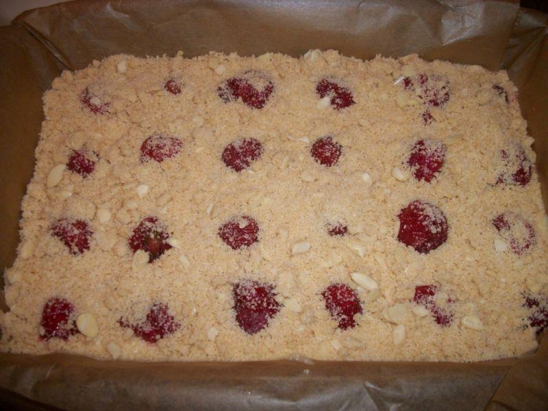 Ciasto z truskawkami i kruszonką wg Zub3ra