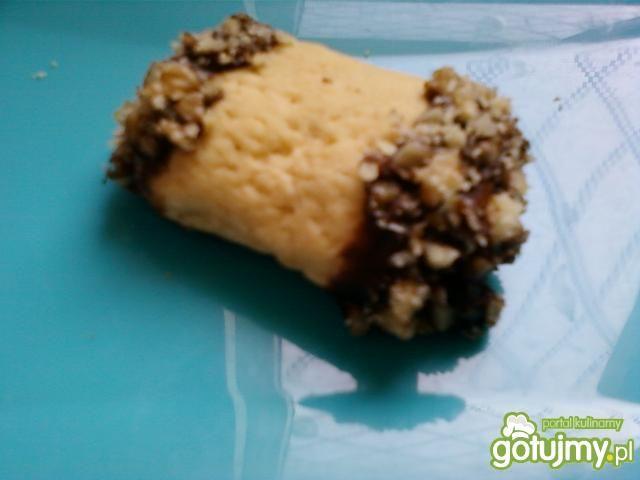 Czekoladowe ciasteczka z orzeszkami