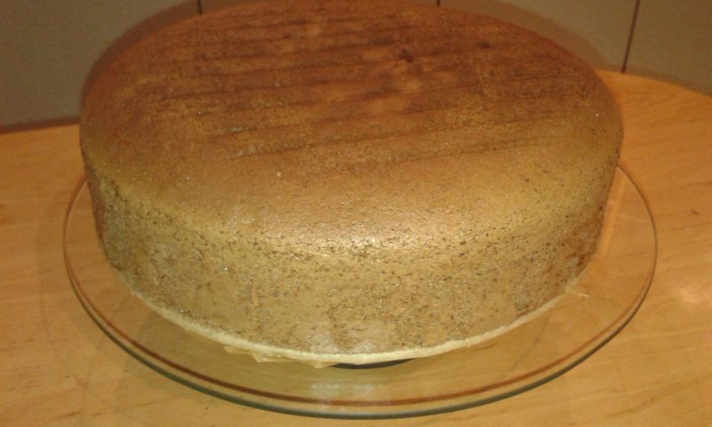 Czekoladowy tort urodzinowy