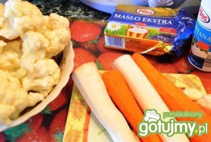 Delikatna wegetariańska  kalafiorowa