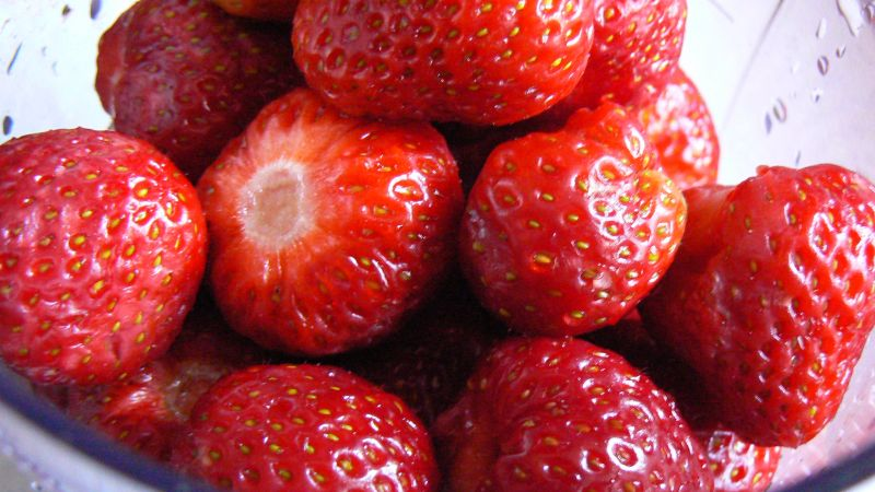 Deser truskawkowy na Dzień Dziecka