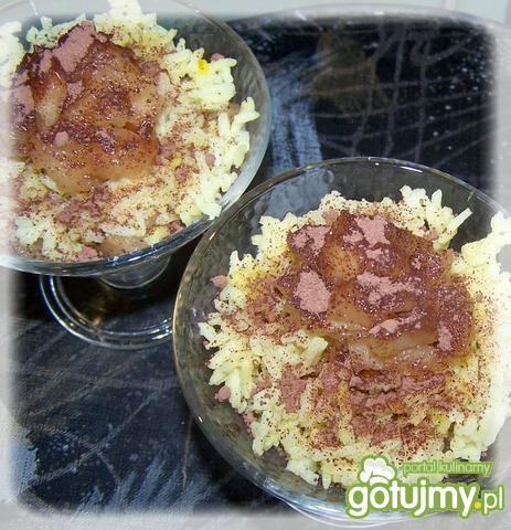 Deser ryżowy z bratkiem polnym