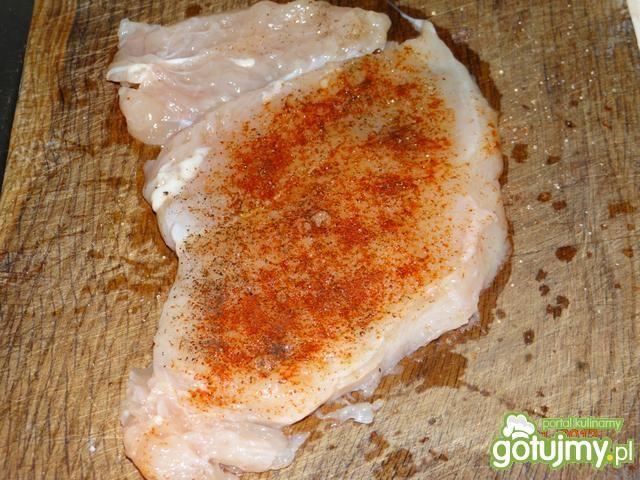 Dietetyczna pierś z kurczaka z kaszą .
