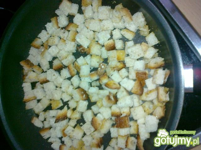 Domowe grzanki do zup i sałatek