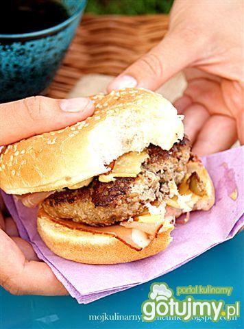 Domowe hamburgery z sosem aioli