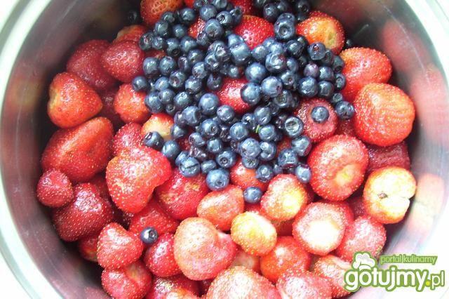 Dżem truskawkowo- jagodowy z cytryną