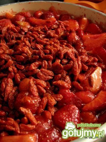 Dżem z truskawek, z jagodami goji