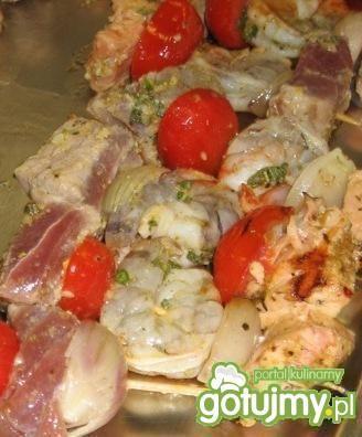 Espetos de frutos do mar