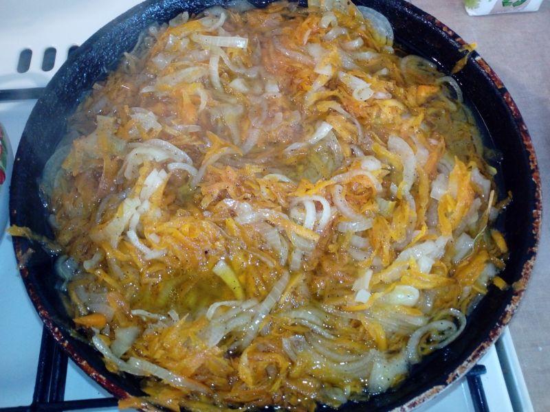 Fasolka szparagowa z warzywami w słoiki