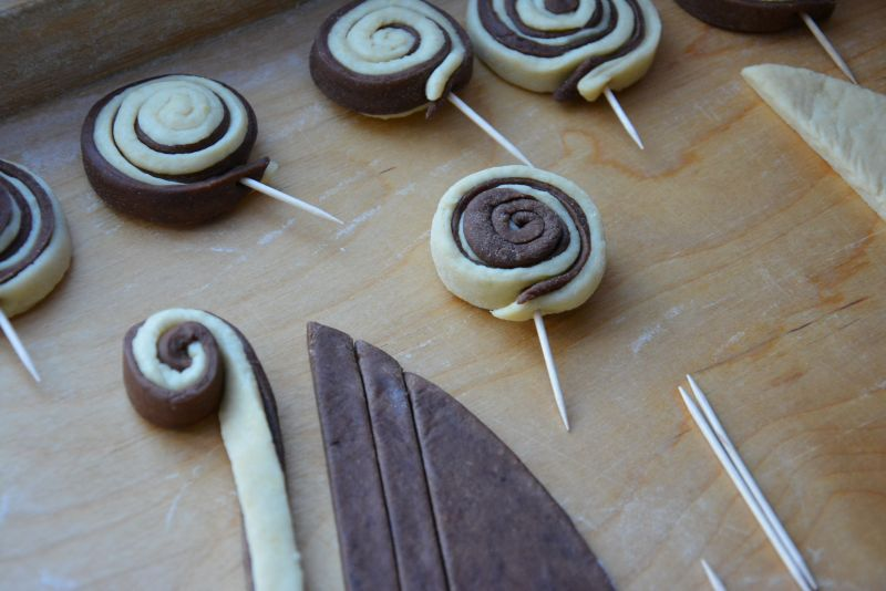 Faworki cake pops (na patyku)