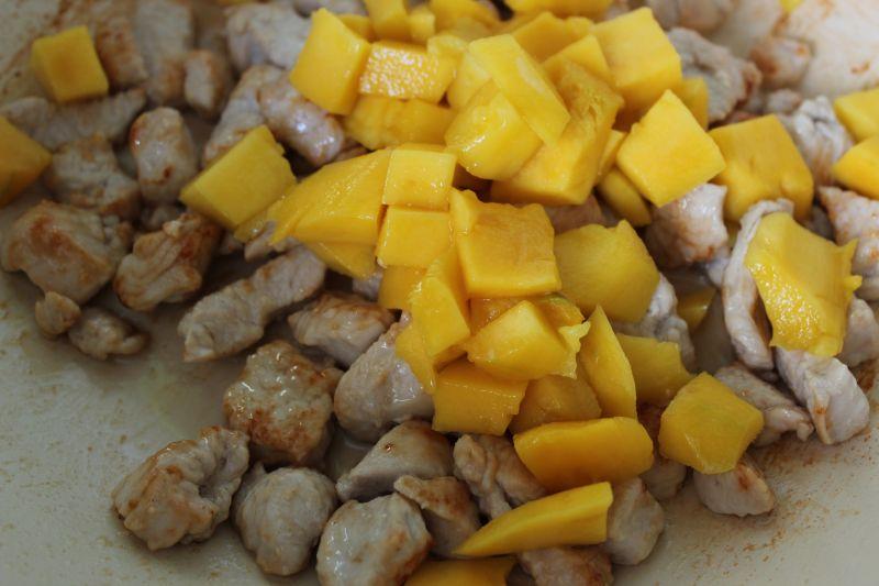 Filet z indyka z mango