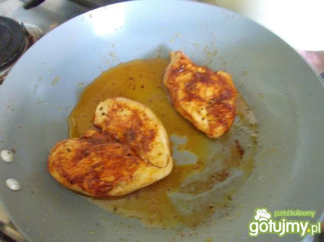 filet z piersi kurczaka w sosie sojowym